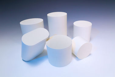 White Alumina Ceramic Substrate round For Selective Catalytic Reduction